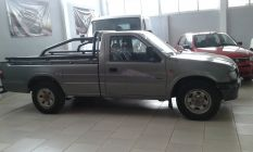 Isuzu 4x4 cabina simple